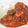 茄子とひき肉のカレー。シーザーサラダ。