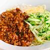 ジャージャー麺。ゴーヤのマヨネーズ炒め。